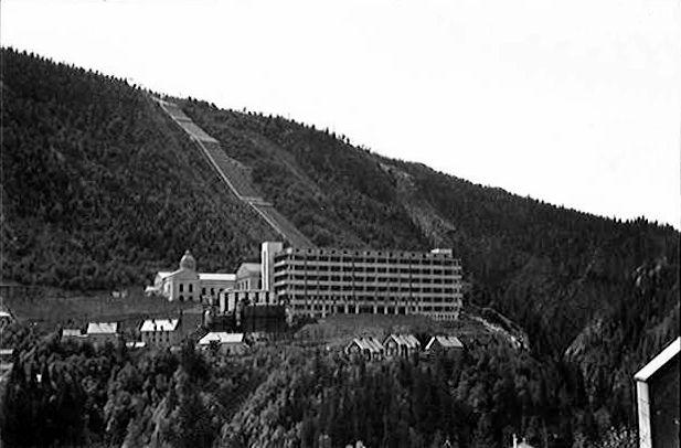 Vemork_Hydroelectric_Plant_1935.jpg