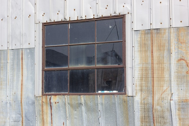 window-709934_640.jpg