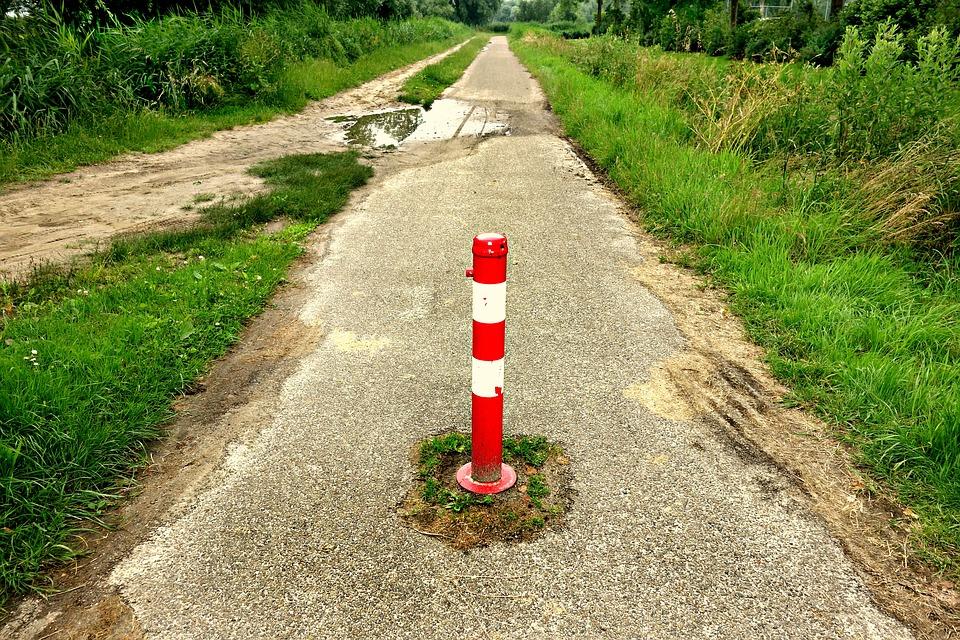 traffic_post